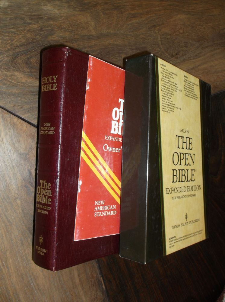 Holy Bible: Open Bible, New American Standard, Burgundy (Bonded Leather). Thomas Nelson Pub.